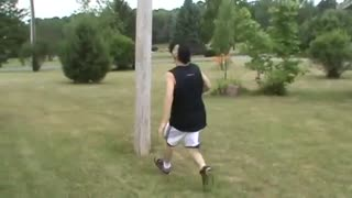 D Boy Pole Backflip Fail - Video