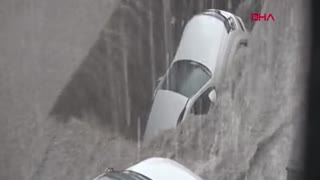 Flood Disaster in Turkey! Road Collapse - Video