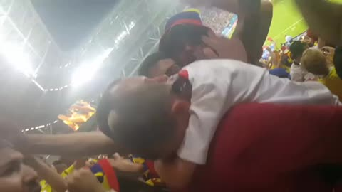 Colombia fans with Polish kid! 🙌🏼
