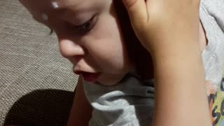2yr old with smartphone  - Video