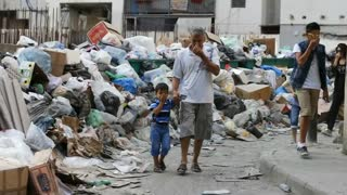 Beirut garbage protesters tell government, 'You Stink' - Video