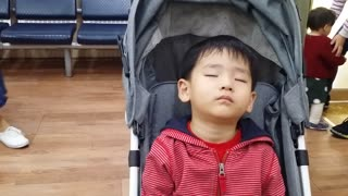 Adorable Can't Keep His Eyes Open - Video