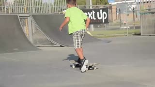 This 60-Year-Old Skateboarder Is A Hero To At-Risk Kids! - Video