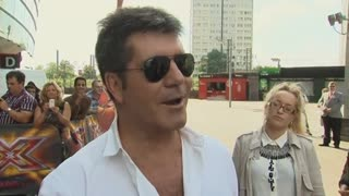 Simon Cowell has some stern words for Cheryl Cole - Video