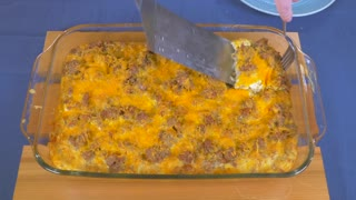 Easy hash brown breakfast casserole - Video