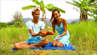 Papaya - Koh Chang, Thailand - Video