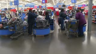 Wal-Mart cuts outlook - Video