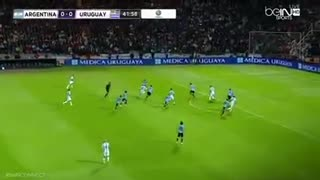 Leo Messi against Uruguay - Video