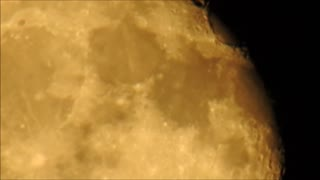 Super Zoom of the October 7th Moon - Video