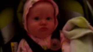 Hilarious grunting baby cracks up her mom