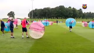 FC Barcelona funny training session at St. George's Park - Video