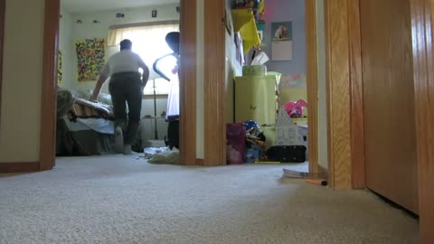 He Films Himself Playing Hide & Seek With His Kitten, But Has No Clue He Just Recorded A Viral Video