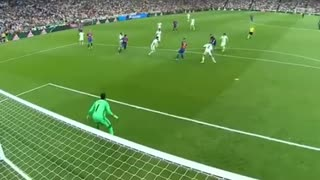 Leo Messi Magical Goal vs Real Madrid - Video