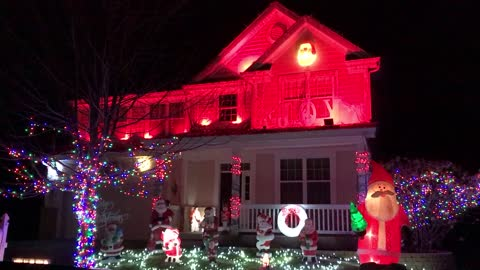 Spectacular Christmas lights display syncs to LMFAO's 'Party Rock Anthem'