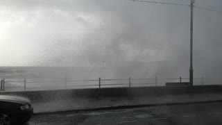 Monster Waves at Penzance Promenade - Video
