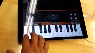 Playing keyboard - Video