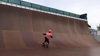 9-year-old girl lands 540 skateboard trick! - Video
