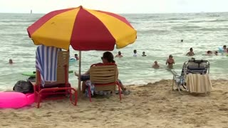 Sewage spill closes popular Hawaii beach - Video