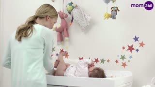 How To Clean a Baby's Bottom  - Video