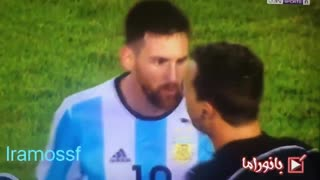 Messi enojado con un arbitro [2017] - Video