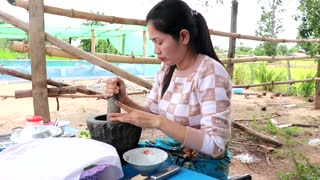 Cooking pork And Khmer Noodle With Peanut Sauce Recipe - Food Travel