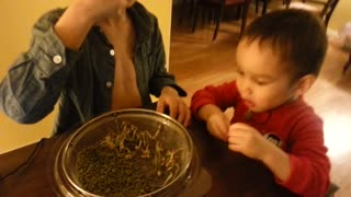 Addicted Children Fight Over Green Vegetables  - Video