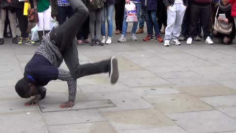 Amazing street breakdance performance