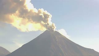 Colima volcano spews smoke and ash into air - Video