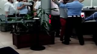 Moroccan Airport Comes Alive As Jewish Travelers Sing And Dance While Touring The Country - Video