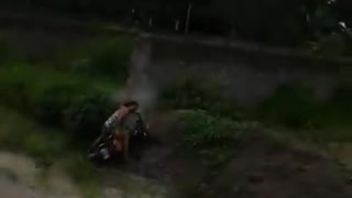 2 Girls 1 Bike - Video