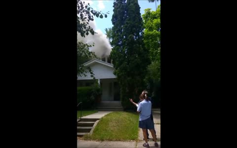 Witness captures dramatic footage of house fire