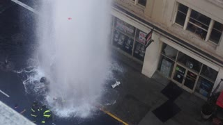 4-story geyser after truck hits San Francisco hydrant - Video