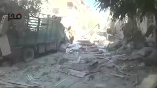 Syrian missile strikes kill over 50 - Video