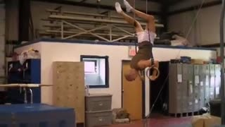 HOW TO LEARN A HANDSTAND ON THE RINGS (step by step tutorial/examples) - Gymnastics Fitness Training Crossfit - Video