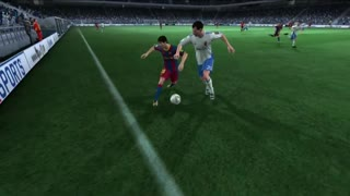 Messi Crazy Elastico Nutmeg vs Ronaldo (PES) - Video