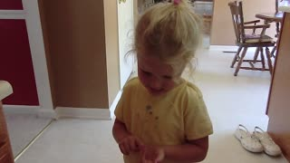 Adorable Little Girl Can't Name The Days Of The Week - Video