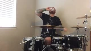 Drummer opens beer with drumstick and drinks after drum solo - Video