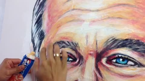 Artist's unique method uses toothpaste to create portraits
