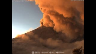 Popocatepetl Volcano Erupts With Fireball And Lava