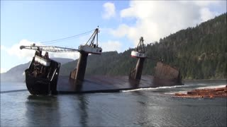 British Columbia's Incredible Log Barges - Video