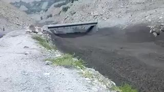 Landsliding in Gilgit Baltistan Pakistan  - Video