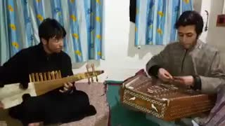 Pakistan National anthem on musical instrument  - Video