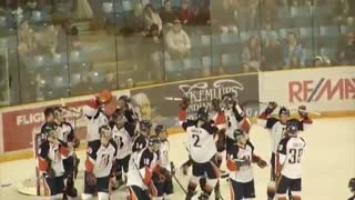 WHL hockey team celebrates win with EA Sports NHL 94 tribute - Video