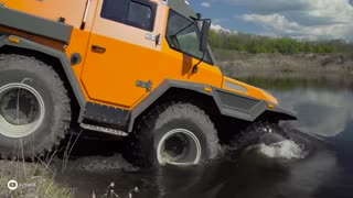 Russian Wamah 8x8 All-Terrain Vehicle - Video