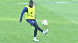 Paul Pogba destroys Dimitri Payet with filthy skills in France training - Video