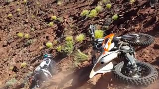 Collab copyright protection - orange white dirt bike up hill fail - Video
