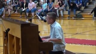 15-Year-Old Kid Covers Ed Sheeran For School Talent Show - Video