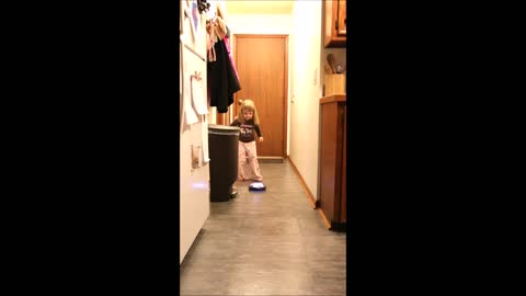 Toddler helps dad review 'Amazing Hover Ball'