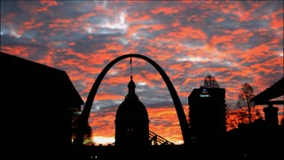 Sunrise Timelapse of The St. Louis Arch - Video