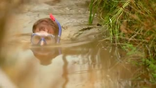 Right muddy mess at World Bog Snorkeling Championships - Video